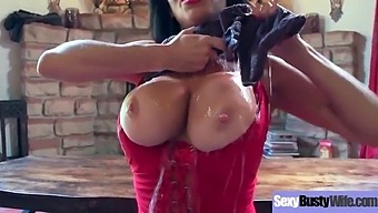 Hardcore Sex Action With Big Round Boobs Housewife (Veronica Avluv) Clip-28 Clip1