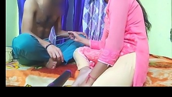 Indian Sexy Video – Indian Step Mom