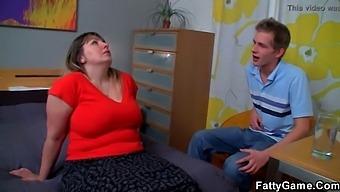 Big White Booty Bbw Seduces A Psychologist