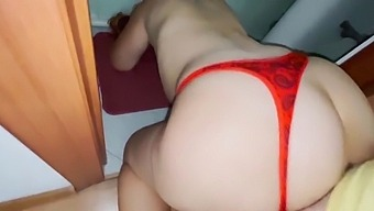 Mom Did Not See Her Son And Stood In A Thong In The Bathroom. Big Ass Real